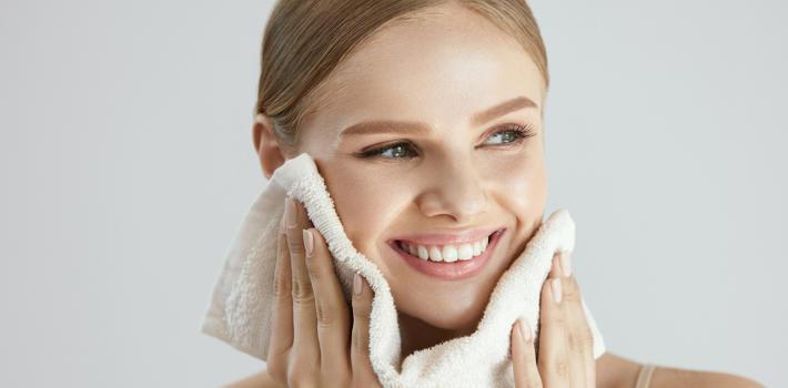Wpływ demakijażu na kondycję skóry twarzy 2