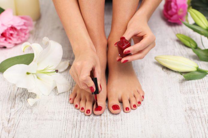 Zadbaj o swoje stopy przed latem