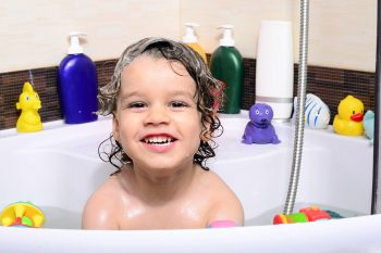 Przyjemne z pożytecznym, czyli pomysłowe prezenty na Dzień Dziecka