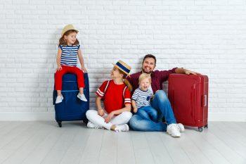 Apteczka rodzinna w terenie – co zabrać na wycieczkę