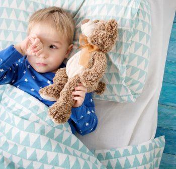 Białaczka wieku dziecięcego – typy, czynniki ryzyka i objawy