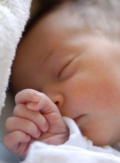 Jak się pozbyć ciemieniuchy u niemowlaka?