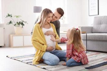 Narodziny drugiego dziecka  – jak przygotować starszaka na nowego członka rodziny?