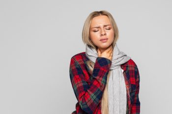 Ostre zapalenie gardła – przyczyny, objawy, leczenie