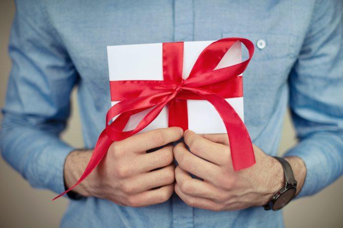 9  niezastąpionych pomysłów na męski prezent