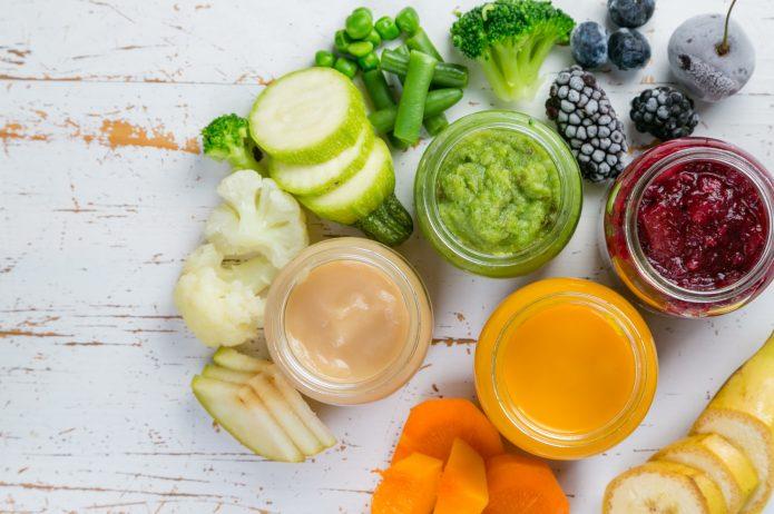 Jak mądrze rozszerzać dietę dziecka w warzywa i owoce?