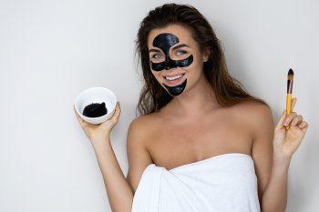 Właściwości węgla aktywnego w kosmetykach
