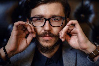 Movember – zapuść wąsy dla jaj