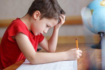 Dysgrafia u dzieci – przyczyny, objawy i ćwiczenia