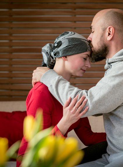 Jak wspierać chorego w walce z nowotworem?