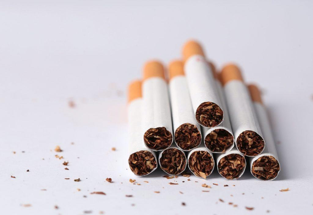 Stos papierosów