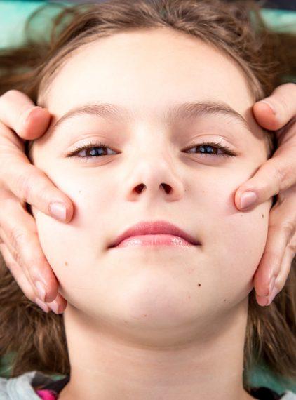 Terapia czaszkowo-krzyżowa – cele, wskazania i przeciwwskazania