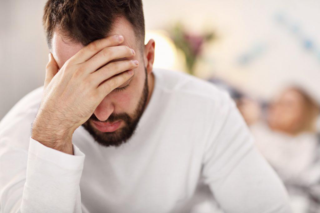 Mężczyzna, który ma depresję