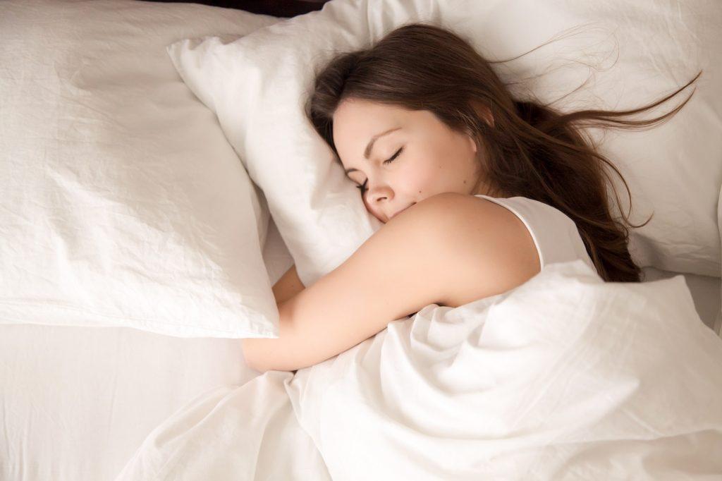 Kobieta podczas snu