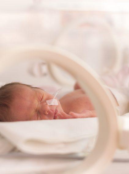 Narodziny dziecka po śmierci mózgu matki – czy to możliwe?