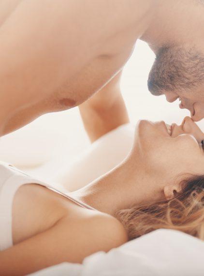 Kobiecy orgazm – czym się objawia?