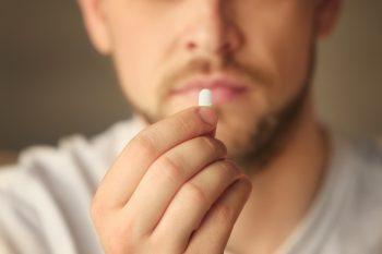Ibuprofen a zaostrzenie choroby COVID-19